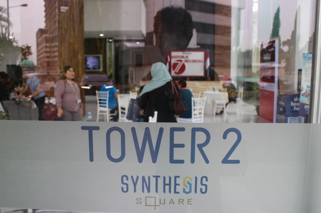 Lobi Synthesis Square di Jalan Gatot Subroto, Jakarta. Foto: Dok pri.